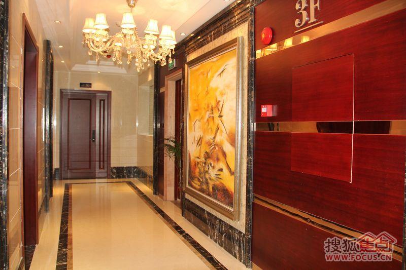 广物滨江海岸公寓电梯入口