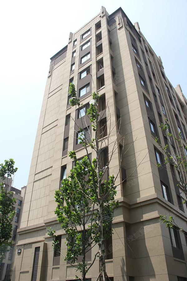 保利香槟国际实景图-南区4号楼外立面7-青岛搜狐焦点网